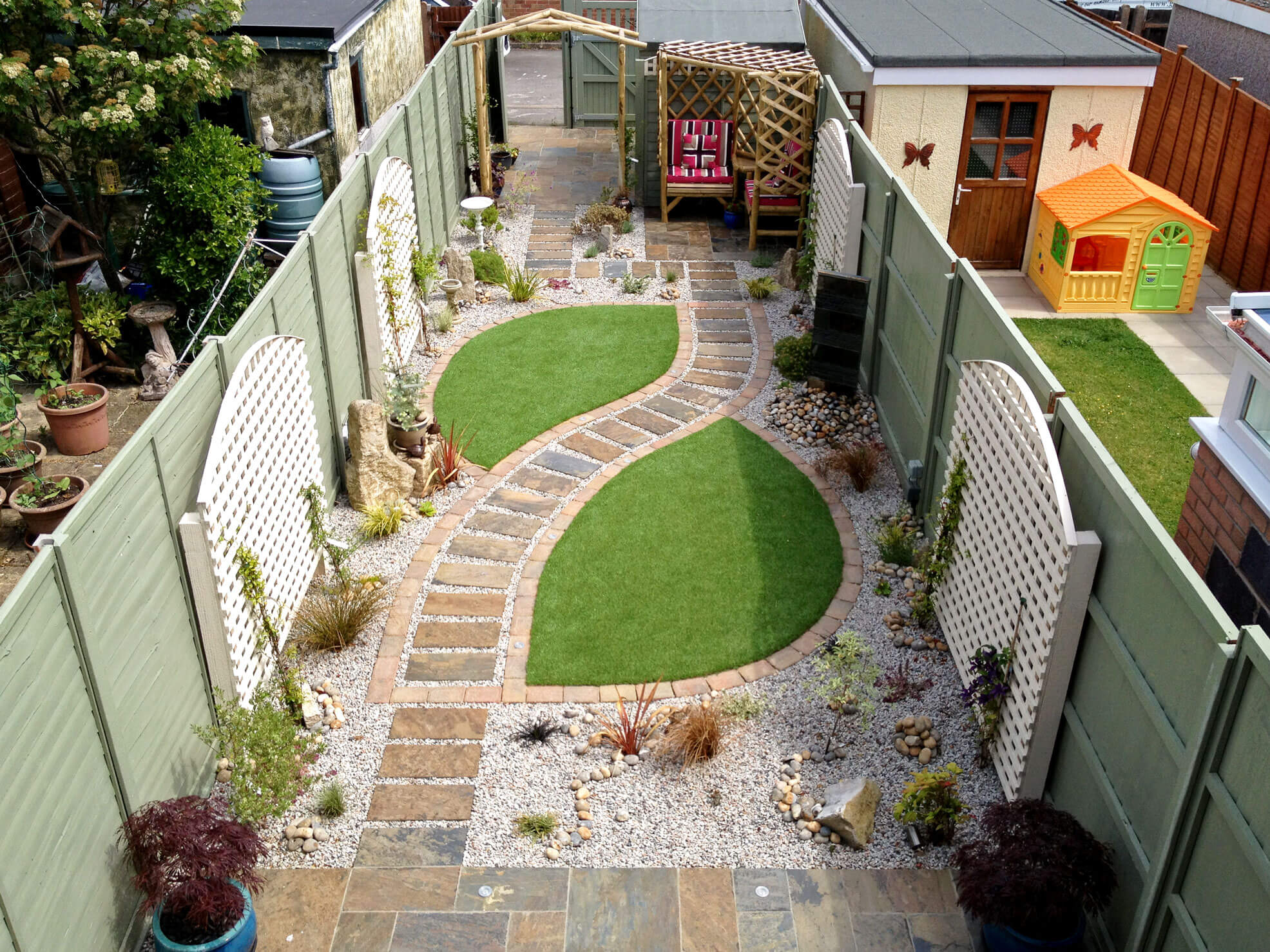 Landscape Gardeners Bournemouth Home greenfingers garden supplies landscaping at greenfingers we have a highly professional conscientious and experience team of gardeners and landscapers ready for action view landscaping workwithnaturefo